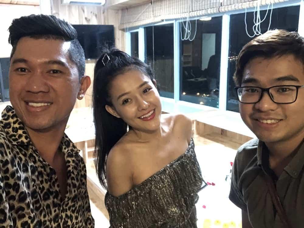 Lương bằng quang check in tại căn hộ khách sạn Nha Trang