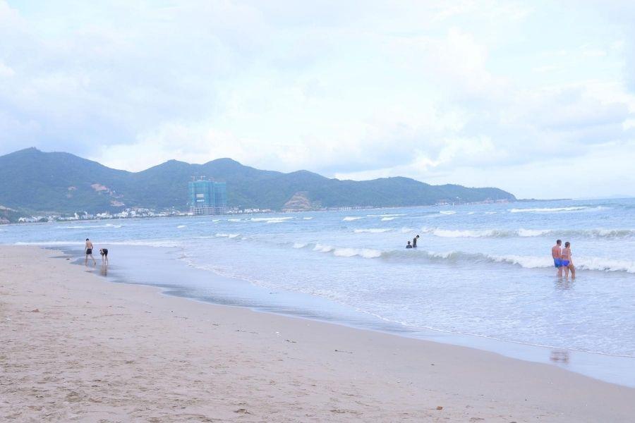 Bãi biển Nha Trang đẹp