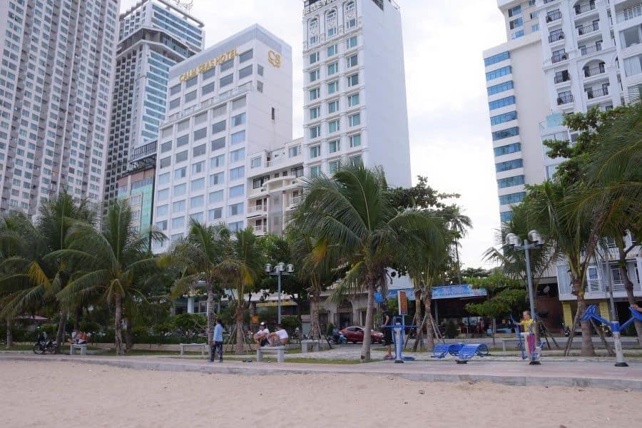 Khách sạn bãi biển Nha Trang